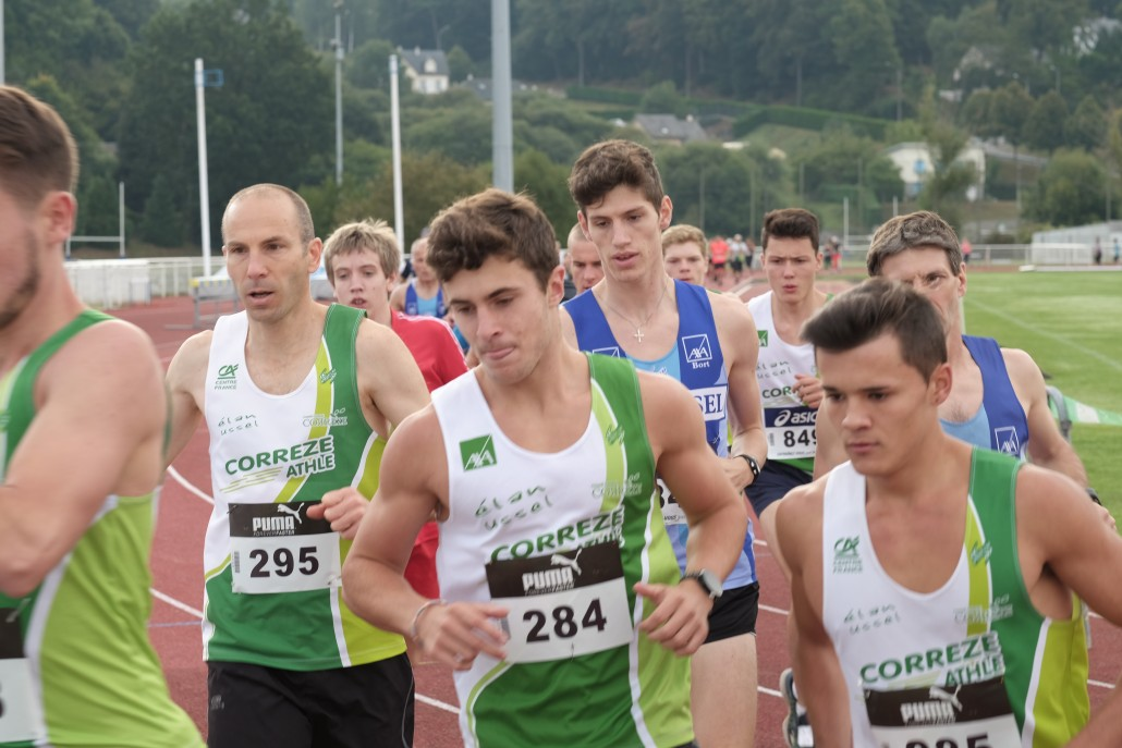L o servieres s impose au 10 km for Piscine ussel